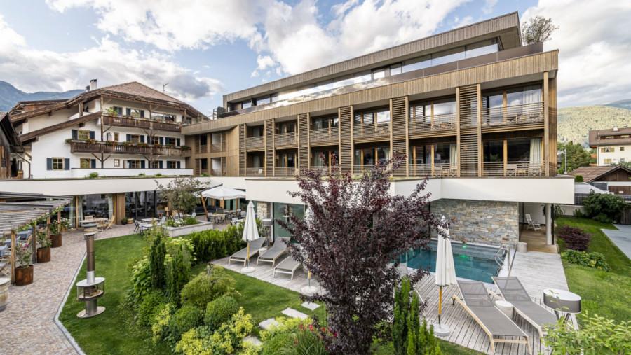 Hotel Restaurant Langgenhof in Bruneck