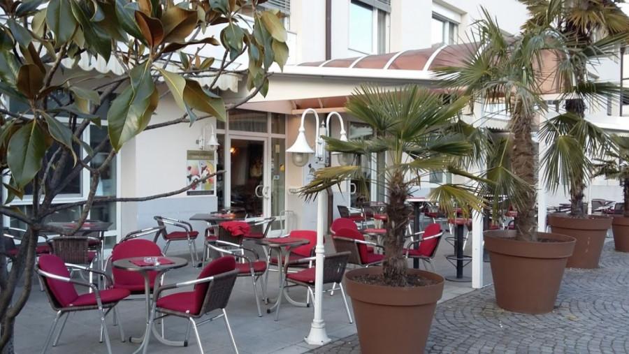 Café Konditorei Eisdiele Flora in Lana