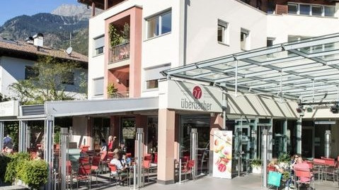 Café Konditorei Eisdiele Überbacher in Algund