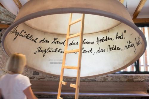 MuseumPasseier/Angelika Schwarz: Warum brauchen wir Helden?