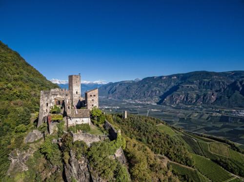 Castello Hocheppan